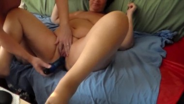 Jen gets Fucked with a Dildo