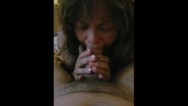 Nice blowjob from Asian milf